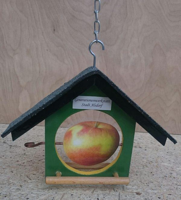 Apfelfutterstation